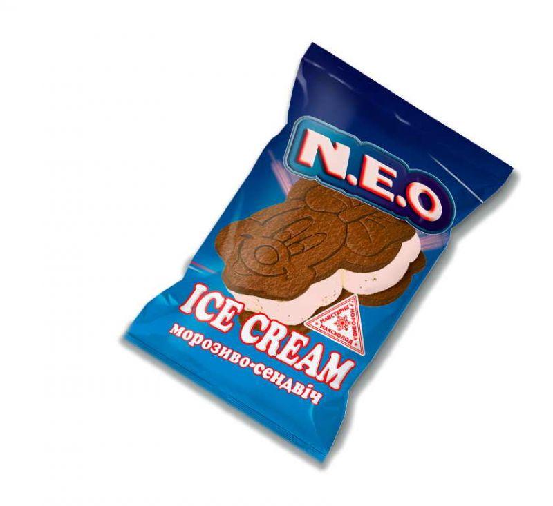 Морозиво пломбір сендвіч з шоколадним печивом 90 г NEO